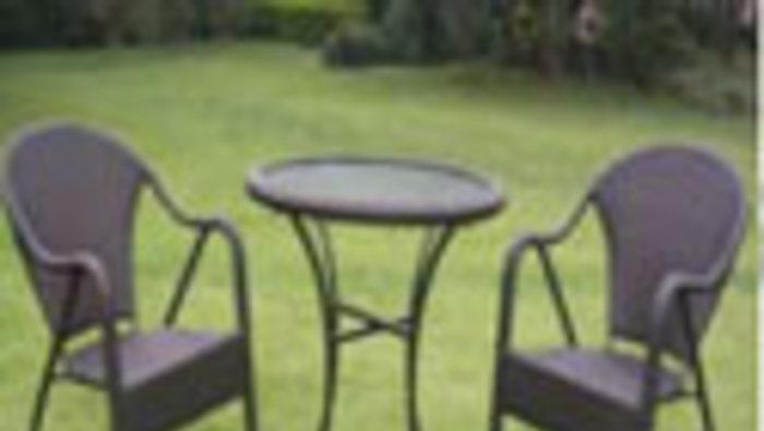 Vente d 39 entrep t meubles de jardin for Entrepot de meuble