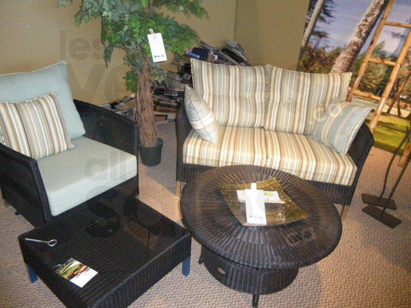 Liquidation mobilier de jardin et plus for Liquidation meuble de jardin laval