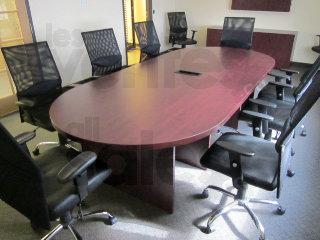 Encan unités de travail bureaux chaises lesventes