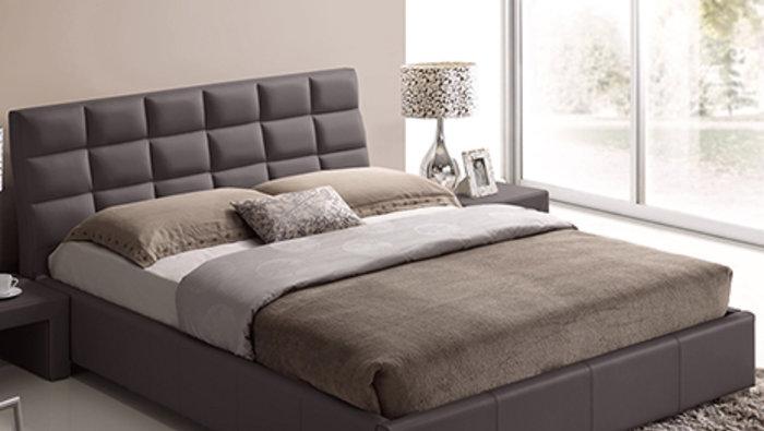 Vente entrep t de mobilier rabais 50 for Entrepot de meuble montreal